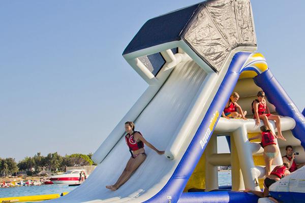 Aquagame-Freefall-Supreme-Water-Slide